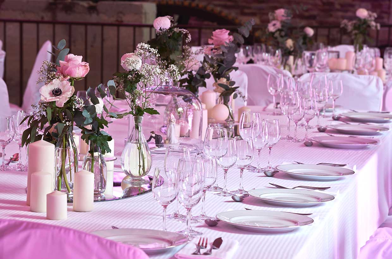 Ménard Traiteur Caen - Décoration de tables pour un mariage