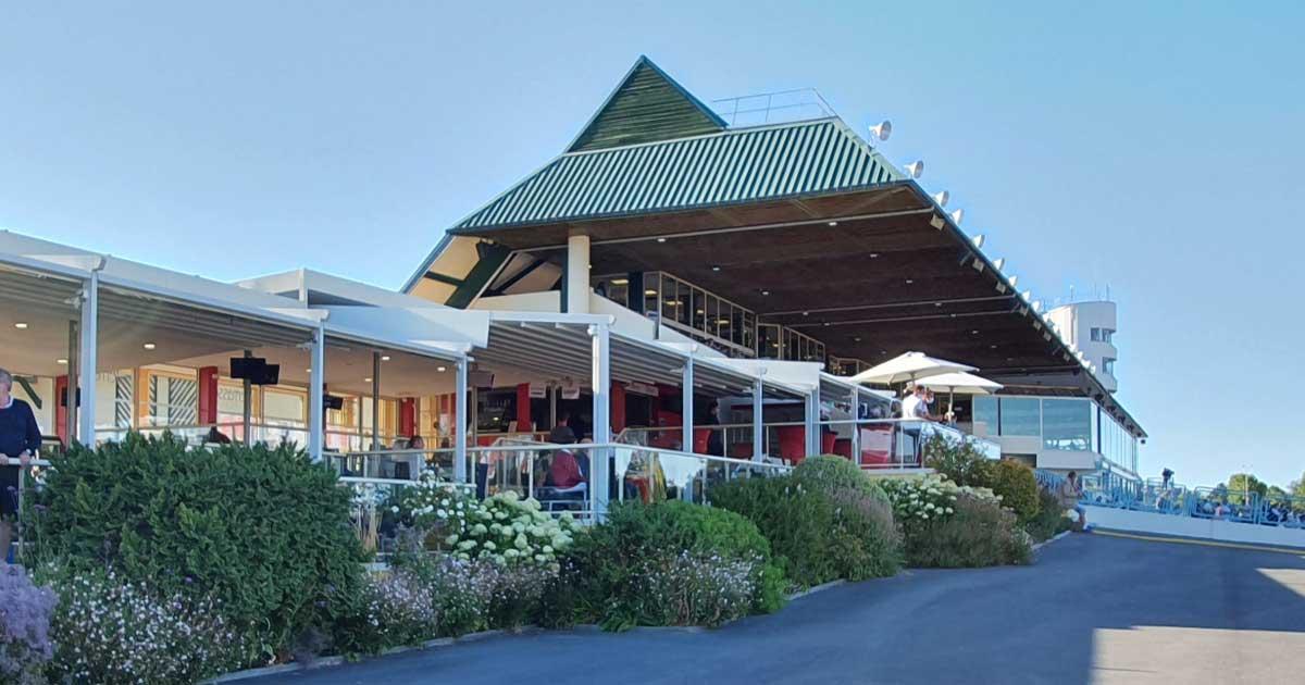 Ménard Traiteur - Photo de l'hippodrome de Cabourg